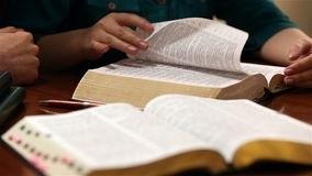 Bijbel-lezen-met-het-oog-op-zondag